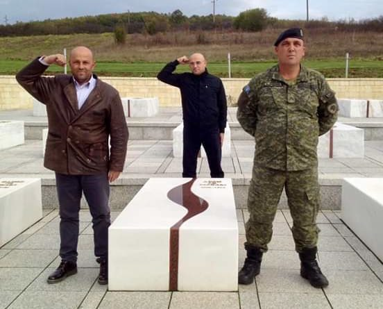 Fronti Popullor udhëton me 16 Tetor në Tiranë për homazhe te varri i Kryeshqiptarit ENVER HOXHA