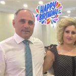 Hysni Elshani me një dedikim romantik për ditëlindjen e Bashkëshortes