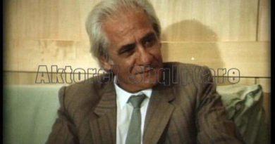 Fronti Popullor uron aktorin Reshat Arbana për 80 Vjetorin e Lindjes