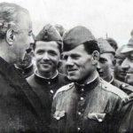 Në ditën botërore të librit kujtojmë Enver Hoxhen e madh që zhduku analfabetizmin