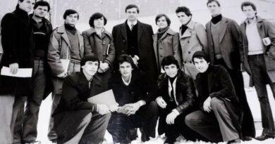 Kur Enver Hoxha dërgonte Prof.dr Rexhep Meidanin me qindra mijëra pedagog në Kosovë e vise të tjera!(Foto)